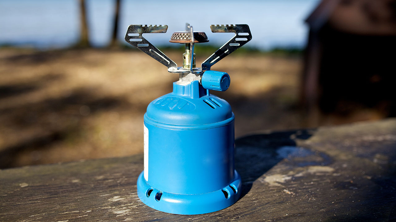 Best Handheld Gps >> best gas stove for hiking top 5 camping gas cooker for trekking gas stove review for camping ...
